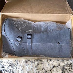 BNIB BearPaw Wedge Gray Boots